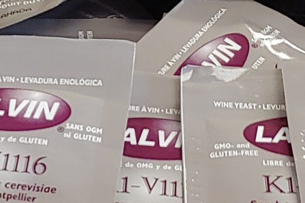 - - Lalvin Active Freeze-Dried Wine Yeast