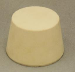 No. 7.5 Pure White Gum Laboratory Stoppers – Solid
